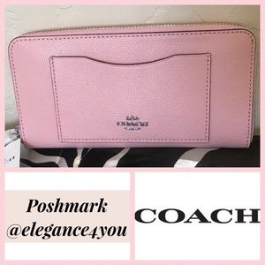 ✨COACH✨Authentic Blush Accordion Zip Wallet